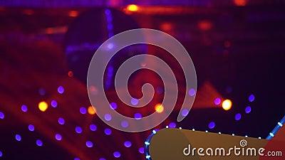 Landschaft einer Disco Discoballleuchten konzert szene stock video