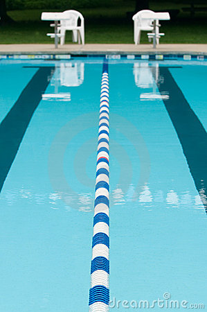 Lane separator in outdoor swimming pool
