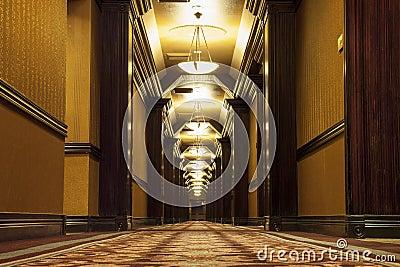 Lang art deco corridor stock fotografie afbeelding 32910822 - Deco lange idee gang ...