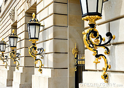 Lanternas douradas