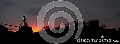 Lantlig solnedgång