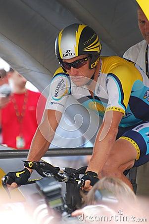 Lanza de Armstrong - Tour de France 2009 Imagen editorial