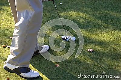 Lanzamiento 04 del golf