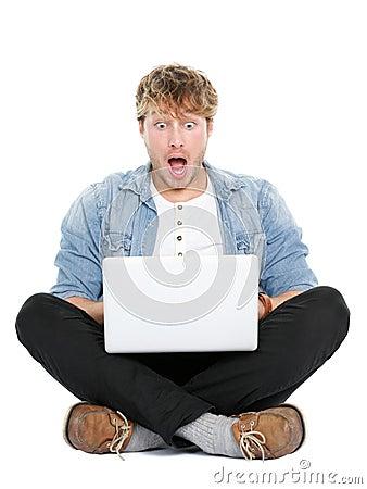 Free Laptop Computer Man Shocked Royalty Free Stock Photos - 24330168