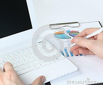 Laptop hand