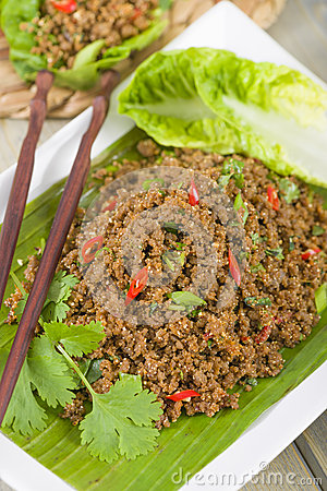 Free Larb - Lao Minced Beef Salad Royalty Free Stock Photo - 31971805