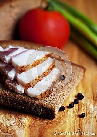 Lard on toast with tomato