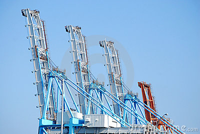 Large Cranes