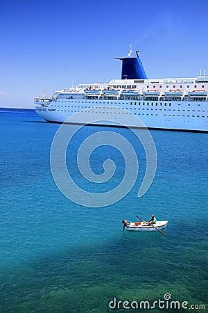 Free Large Cruise Liner Stock Image - 1109041