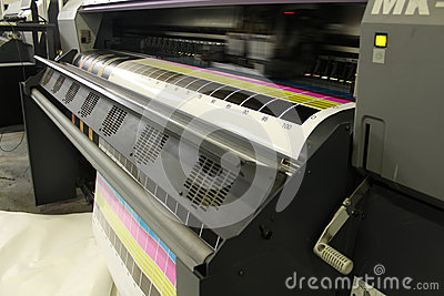 Large format digital printing head moving