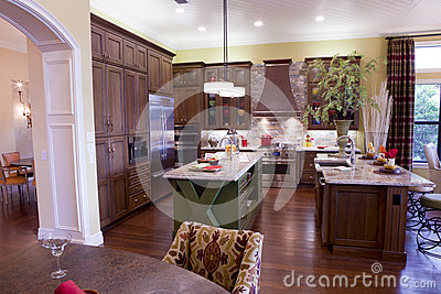 Large Luxury Kitchen