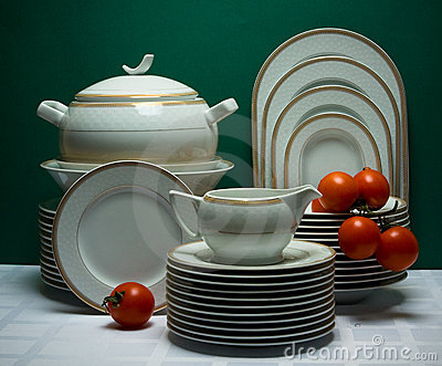 Large ornamented china tea-set with tomatoes