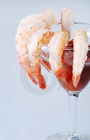 Free Large Shrimp Cocktail With Seafood Sauce Royalty Free Stock Image - 12746996