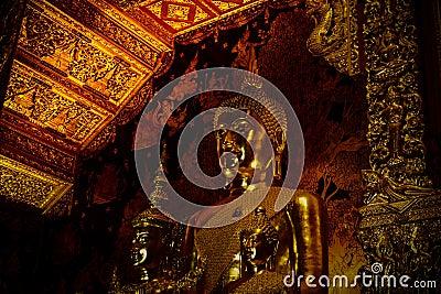 Large statue of gold buddha sitting