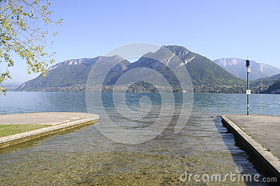 Large view of Annecy lake from Saint Jorioz