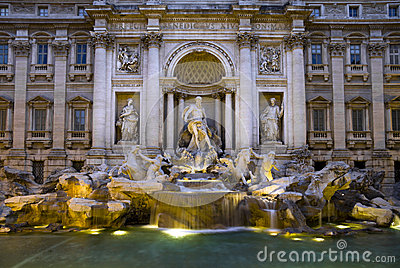 Large view of the Trevi Fountain in Rome, Italy