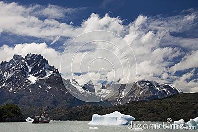 Largo Grey - Patagonia - Argentina