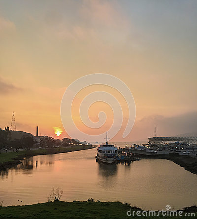 Free Larkspur Ferry At Sunrise Stock Photos - 87482413