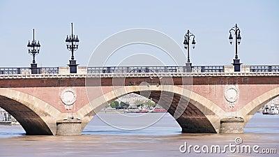 Lasso di tempo di vecchio ponte, Bordeaux stock footage