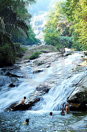 Lata Kinjang Waterfalls Editorial Stock Photo