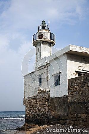Latarnia morska w Oponie