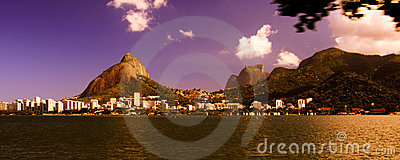Colorful sky over Lagoa Rodrigo de Freitas