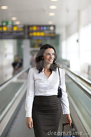 Latin businesswoman travelling