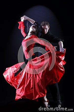 Free Latino Dancers Royalty Free Stock Photography - 9215177