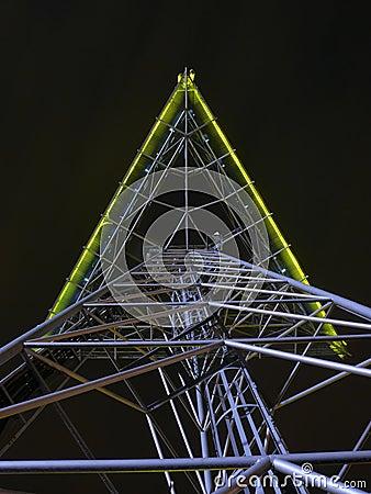 Lattice mast
