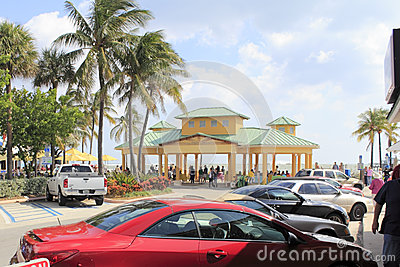 Oceano tempestoso, Lauderdale dal mare, Florida Immagine Editoriale