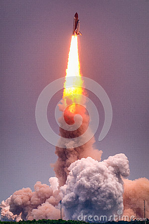 Free Launch Of Atlantis-STS-135 Stock Photo - 42999640
