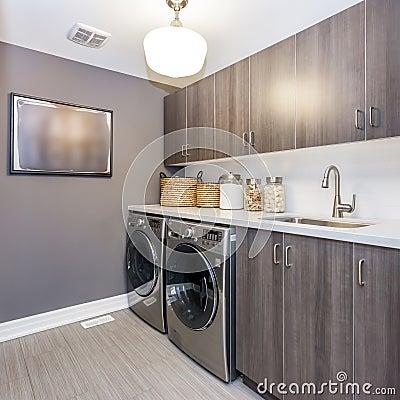 Free Laundry Room Stock Photo - 55874180
