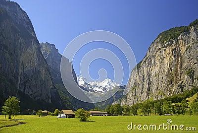Lauterbrunnen dolina