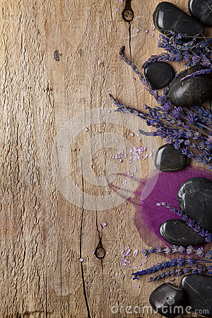 Free Lavender And Spa Stones Royalty Free Stock Photos - 27913858