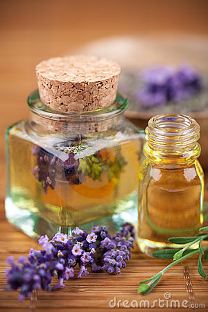 Free Lavender Cosmetic Royalty Free Stock Image - 10972736