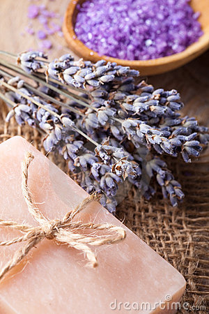 Free Lavender Spa Royalty Free Stock Image - 22762146