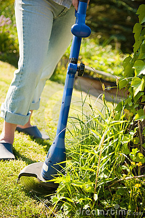 Free Lawn Mower Stock Photography - 14610262