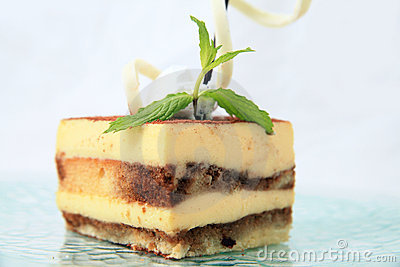 Layer cake pastry
