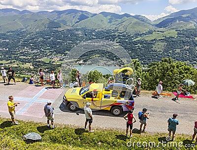 LCL Car During Publicity Caravan Editorial Photography