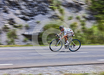 Le cycliste Samuel Dumoulin Photo éditorial