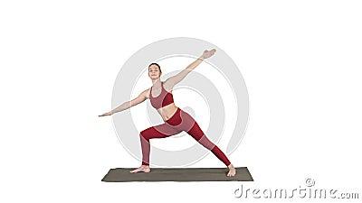 femme pratiquant le yoga debout dans l'exercice extended