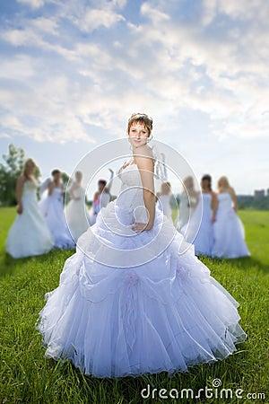 Leader bride with groups of bride