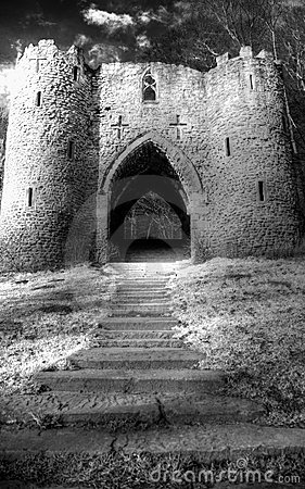 Free Leading Upto Spooky Castle Stock Image - 4998131
