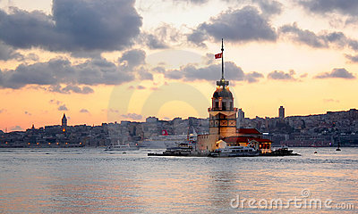 Leanders tower at dusk. Istanbul