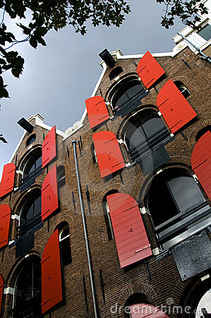 Leaning houses with hoist lifts amsterdam