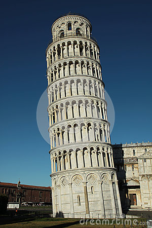 The leaning tower of Pisa - Italy