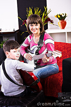 Learn play the guitar