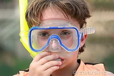 Learning to snorkel