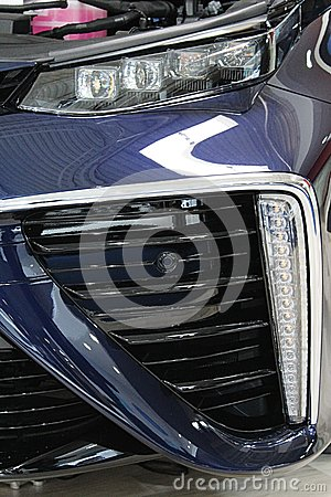 Free LED Segment Headlights Of First Serial Produced Japanese Hydrogen Fuel Cell Car Stock Photo - 91676850
