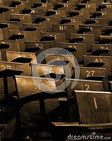 Leere Sitze